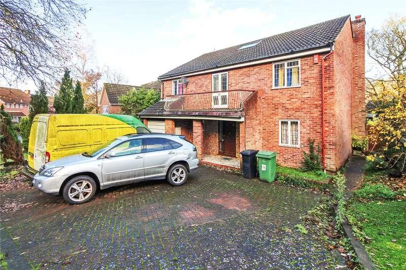 6 Bedrooms Detached House for sale in Woodlands, Walderslade, Chatham, ME5