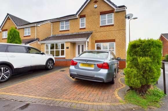 4 Bedrooms Detached House for rent in Herbert Thomas Way, Birchgrove, Swansea, SA7