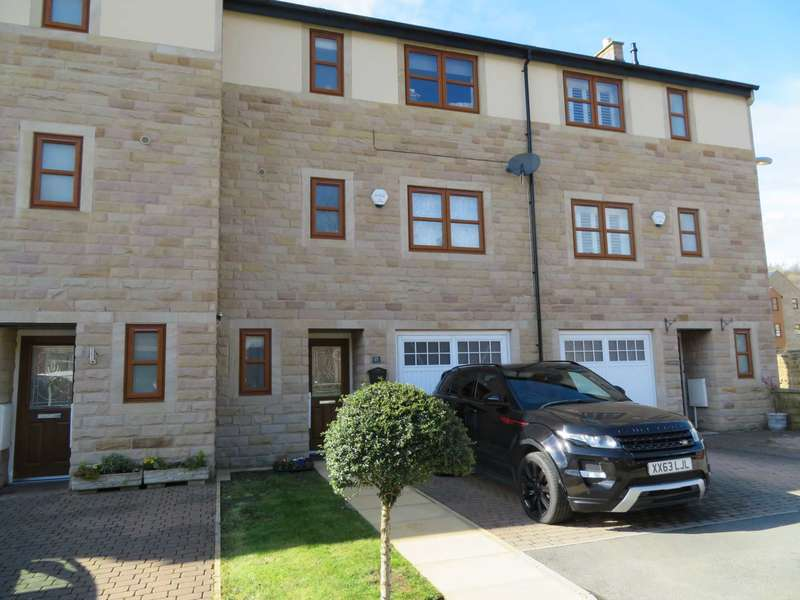 4 Bedrooms Town House for sale in Knoll Close, Greenfield