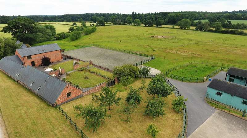 5 Bedrooms Barn Conversion Character Property for sale in Ashow, Kenilworth, Warwickshire
