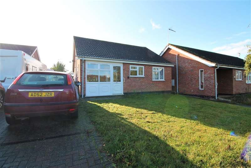 2 Bedrooms Detached Bungalow for sale in Church View, Harleston