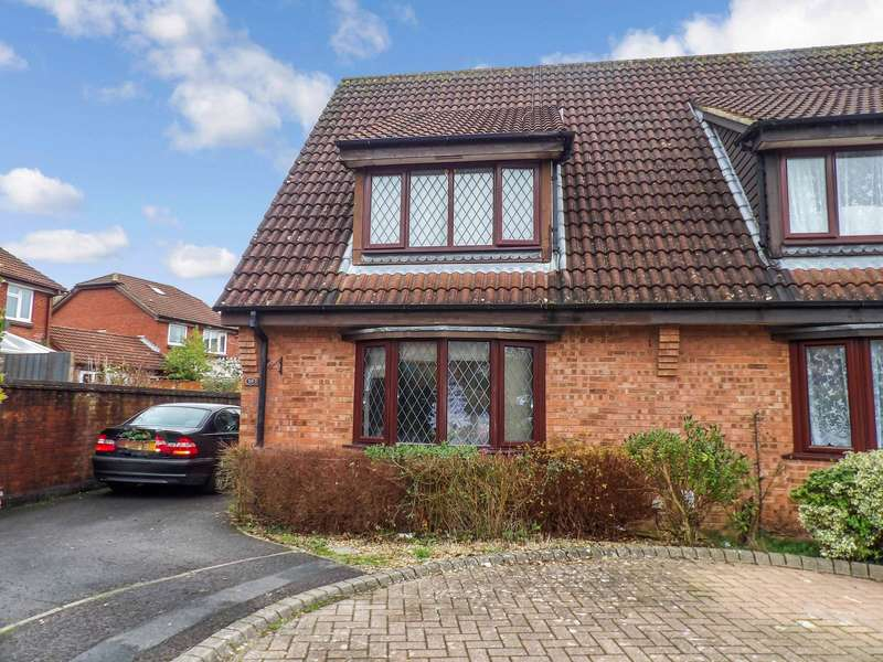 3 Bedrooms Semi Detached House for rent in Maldwyn Close, Swindon, Wiltshire