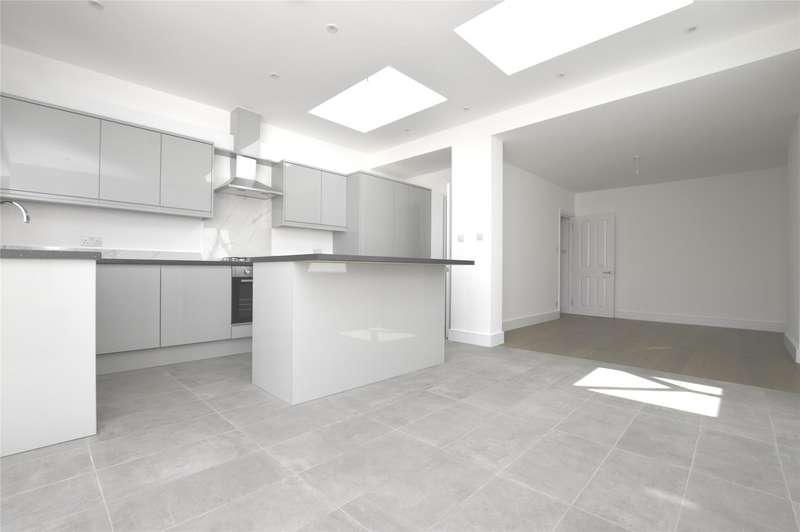 4 Bedrooms Terraced House for rent in Galpins Road, Thornton Heath, Surrey, CR7