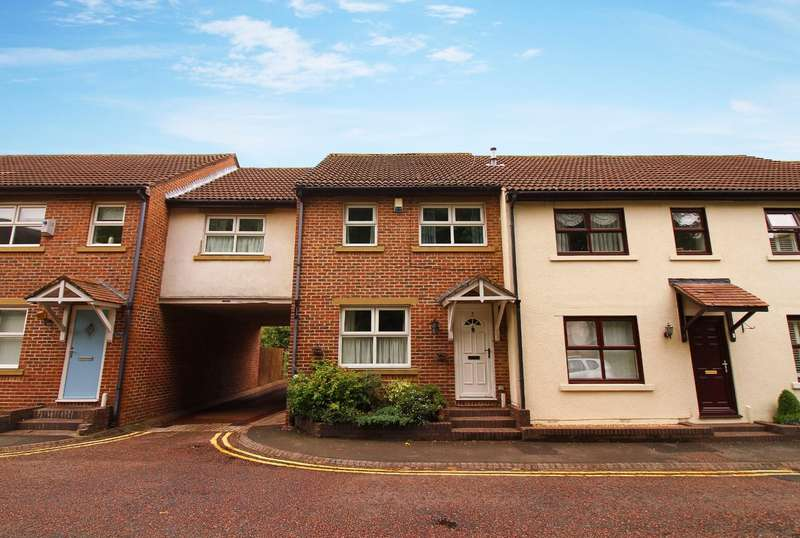 4 Bedrooms Terraced House for rent in Copper Chare, Morpeth