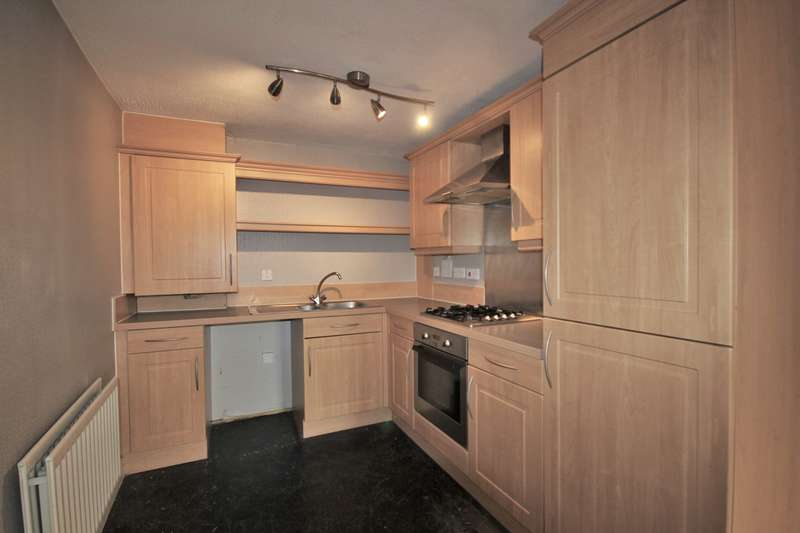 2 Bedrooms Apartment Flat for rent in Stockswell Farm Court, Widnes, WA8