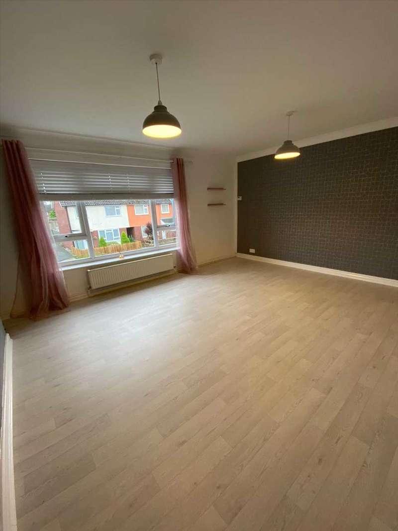 2 Bedrooms Flat for rent in Percival Road, Ellesmere Port
