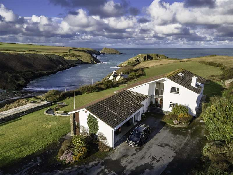 4 Bedrooms Detached House for sale in Ty Carreg, Abercastle, SA62 5HJ