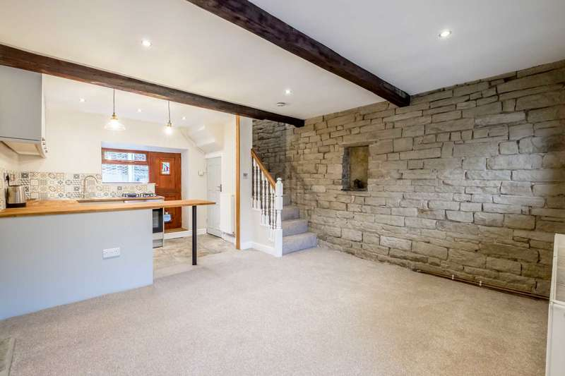 2 Bedrooms Cottage House for rent in Mill Moor Road, Meltham