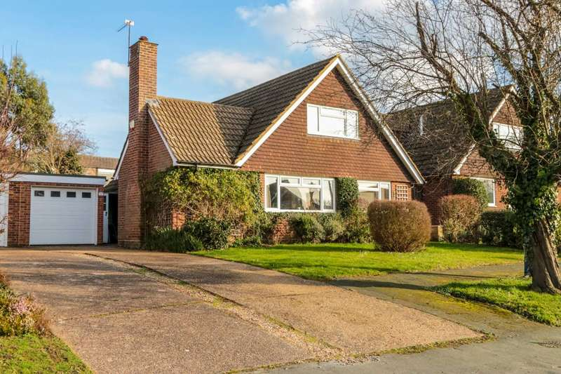 3 Bedrooms Detached House for rent in TWELVE ACRE CLOSE, Leatherhead, KT23
