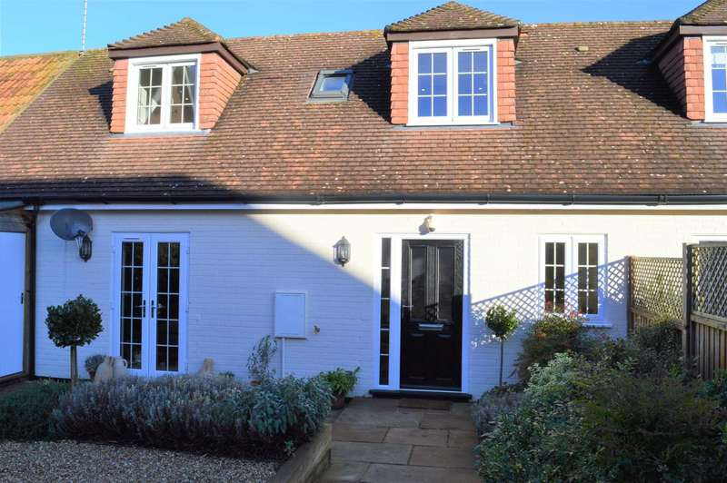 2 Bedrooms Semi Detached House for rent in Church Street, Great Bedwyn