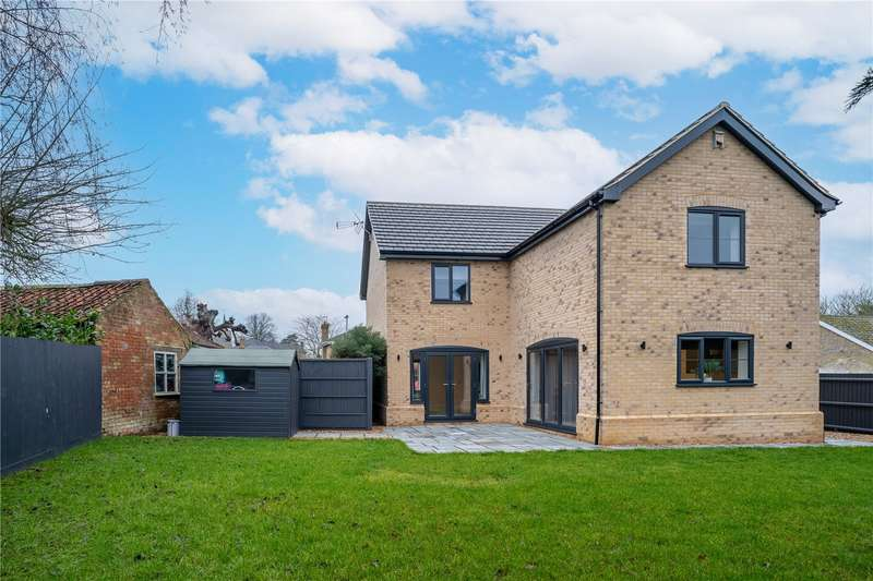 4 Bedrooms Detached House for sale in Wilburton