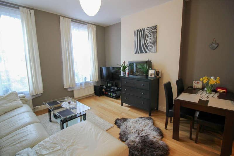 2 Bedrooms Flat for rent in Union Street, Aldershot