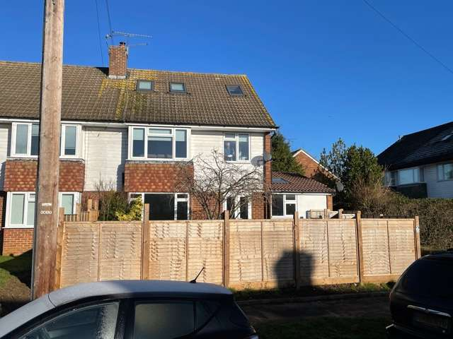 2 Bedrooms Flat for rent in Maidenhead