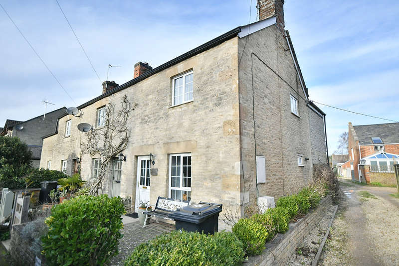 2 Bedrooms Cottage House for sale in Hambidge Lane, Lechlade