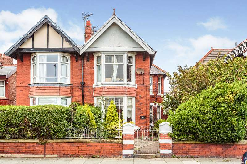 4 Bedrooms Semi Detached House for sale in Harrowside, Blackpool, Lancashire, FY4