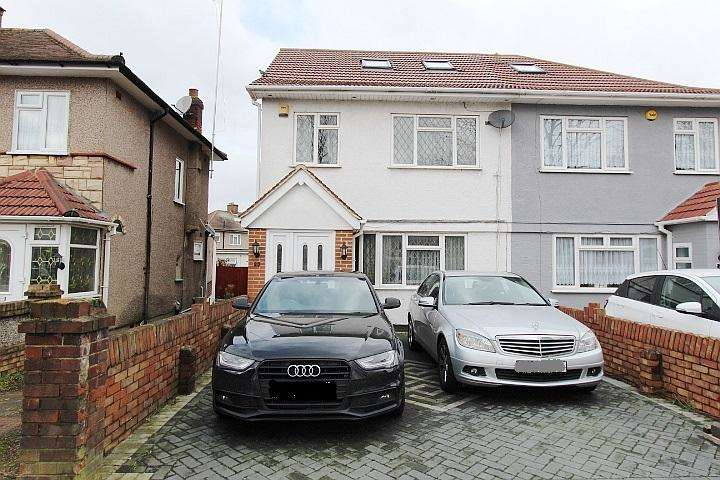 4 Bedrooms Semi Detached House for sale in Hughenden Gardens, Northolt, UB5 6LB