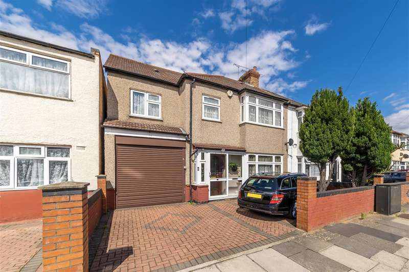 5 Bedrooms Semi Detached House for sale in Scotts Road, Southall