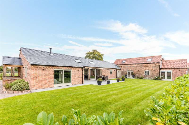 4 Bedrooms Detached House for sale in Low Street, Harby, Newark