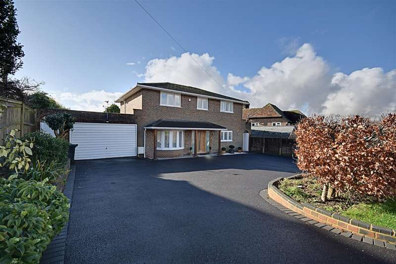 4 Bedrooms Detached House for sale in Maple Avenue, Bexhill-On-Sea