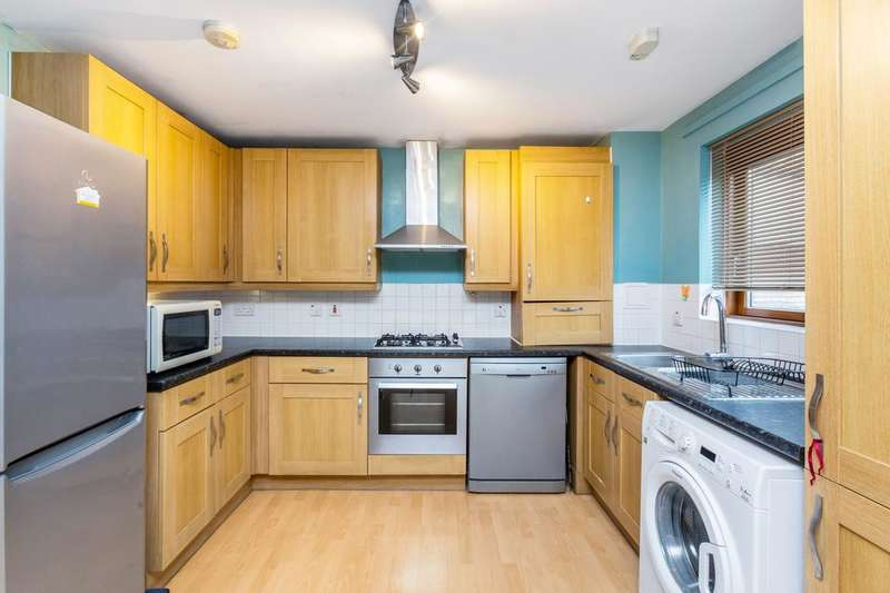 2 Bedrooms Flat for sale in Stephenson Close, London E3