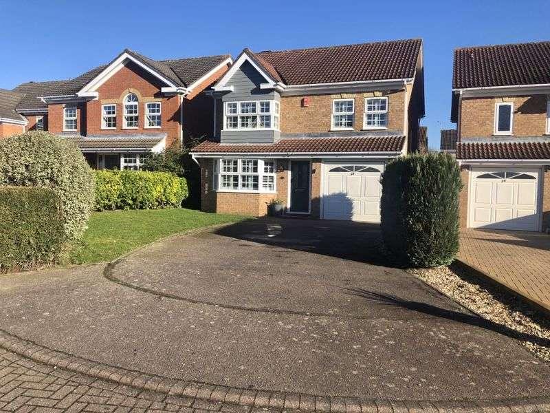 4 Bedrooms Property for sale in Kestrel Gardens, Bishops Stortford