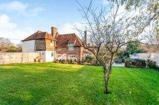 5 Bedrooms Detached House for sale in East Street, Harrietsham, Maidstone, Kent