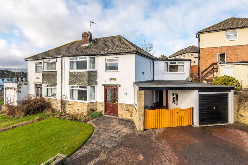 4 Bedrooms Semi Detached House for sale in Wrenbeck Drive, Otley