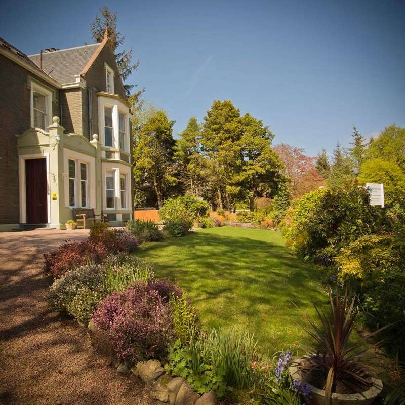 10 Bedrooms Guest House Commercial for sale in Well Road, Moffat, DG10