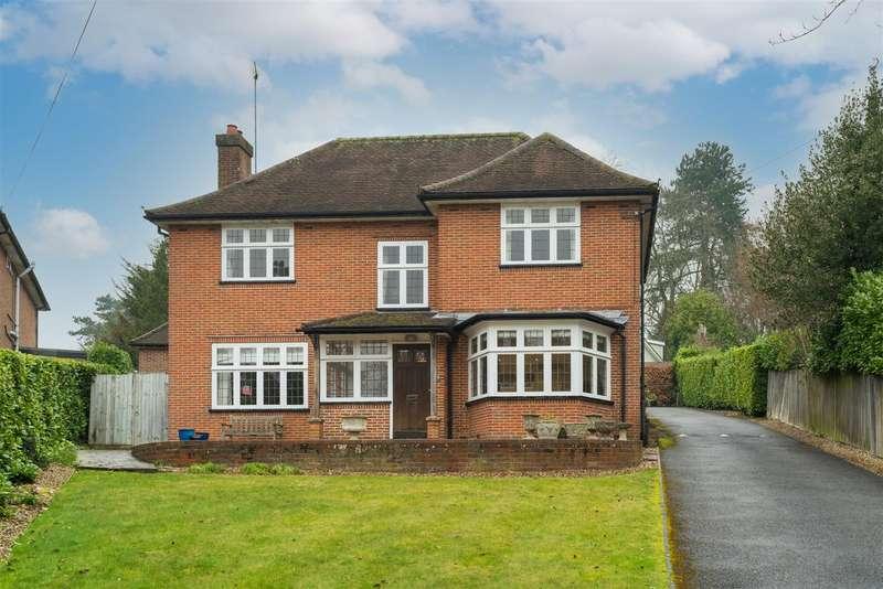 4 Bedrooms Detached House for sale in Kingsdale Road, Berkhamsted