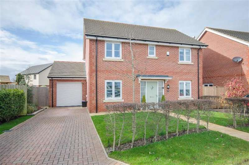 4 Bedrooms Detached House for sale in Charlotte Close, Downend, Bristol, BS16 6FH
