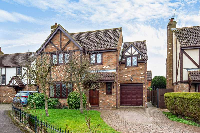 4 Bedrooms Detached House for sale in Millwright Way, Flitwick, MK45