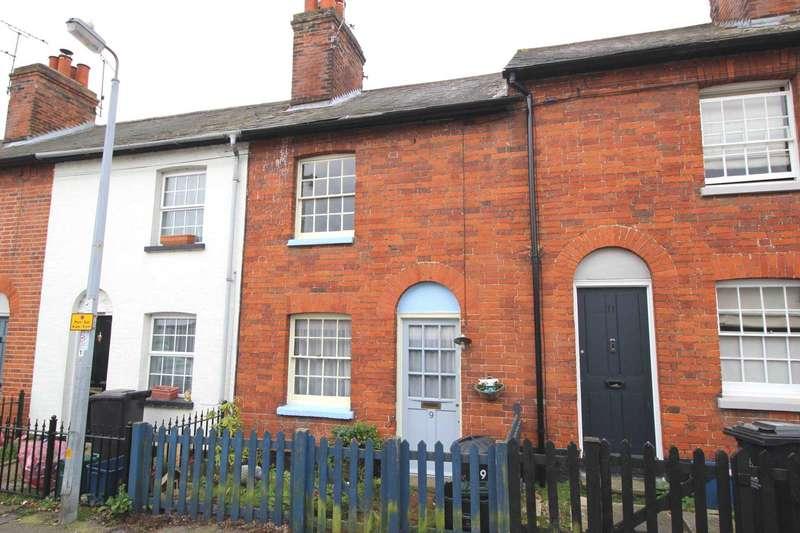 3 Bedrooms Terraced House for sale in Tenterfield Road, Maldon