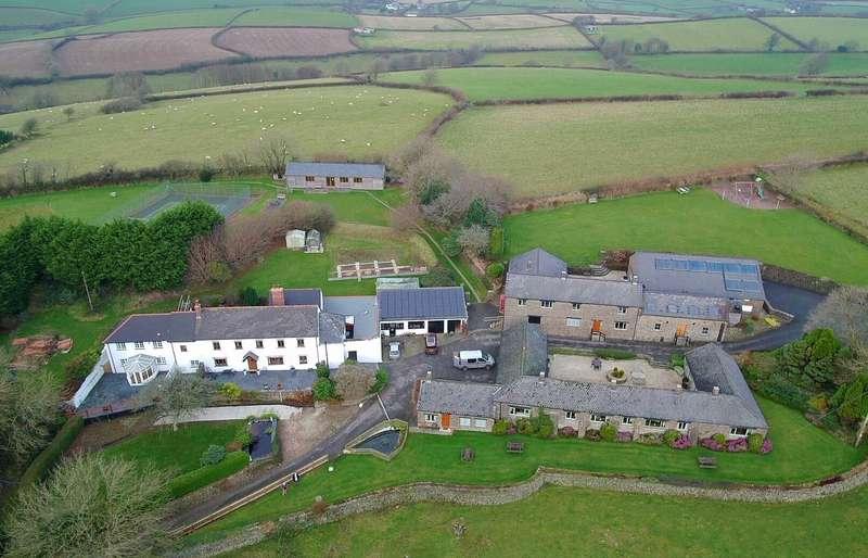 6 Bedrooms Detached House for sale in Rural Barnstaple
