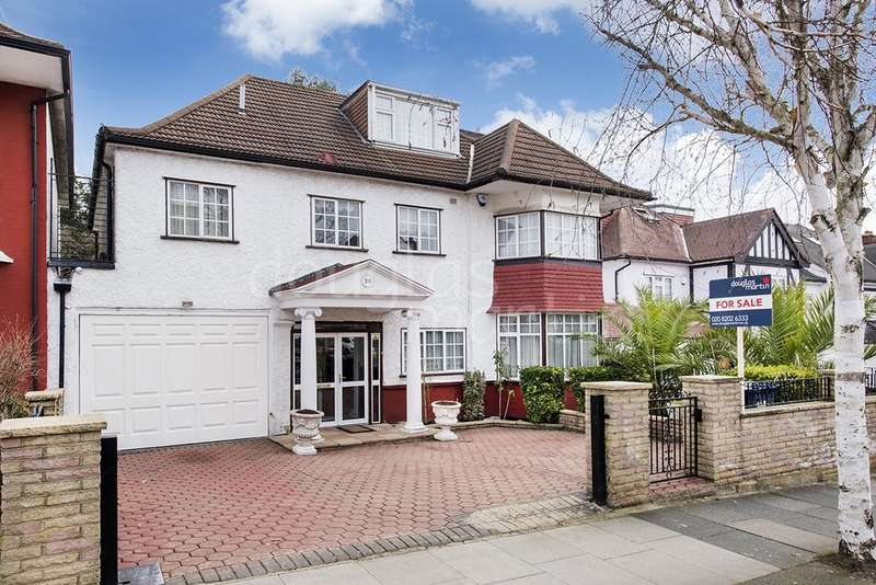 5 Bedrooms Detached House for sale in Allington Road, London NW4