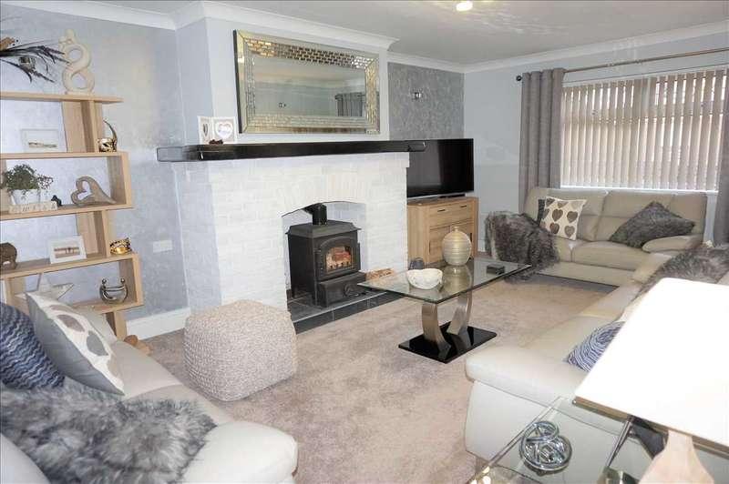 4 Bedrooms Detached Bungalow for sale in Gaiman, Singleton Road, UPPER TUMBLE, Llanelli