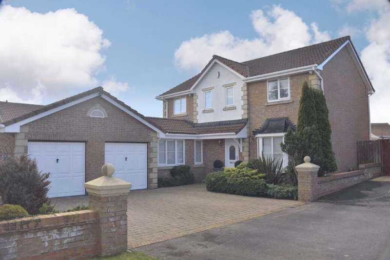 4 Bedrooms Detached House for sale in Cunningham Close, Brotton, Saltburn-By-The-Sea, TS12