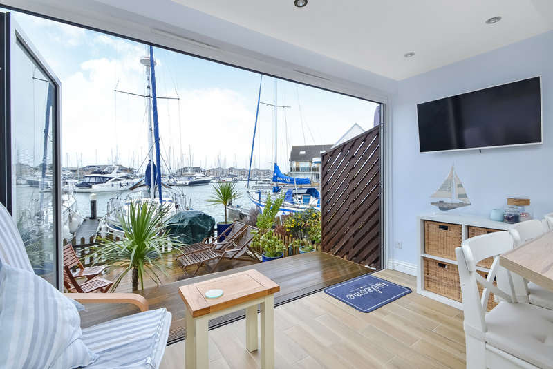 3 Bedrooms Town House for sale in Port Solent, Hampshire