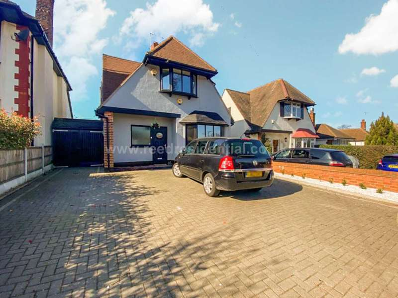 5 Bedrooms House for sale in Somerset Avenue, Westcliff On Sea