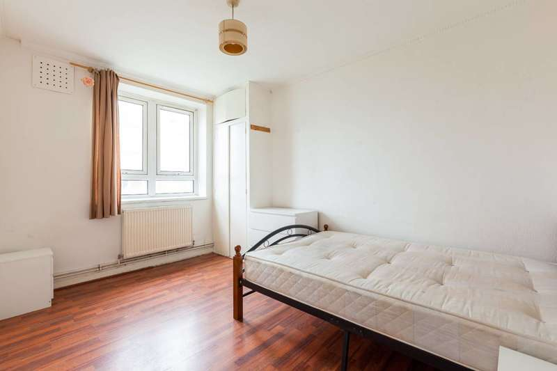 4 Bedrooms Flat for sale in Collingwood House, Darling Row, Whitechapel, E1