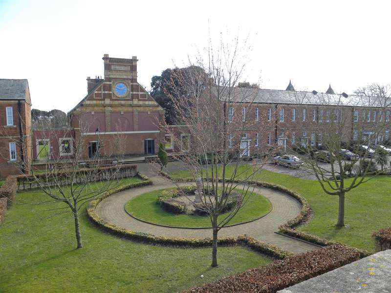 2 Bedrooms Apartment Flat for sale in North Grange, Clyst Heath, Exeter