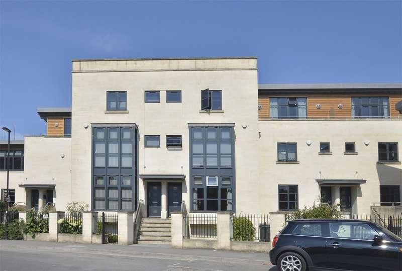 4 Bedrooms Terraced House for sale in St Johns Road, Bathwick , Bath, BA2