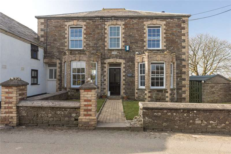 4 Bedrooms Detached House for sale in Wadebridge Road, St. Mabyn, Bodmin, PL30