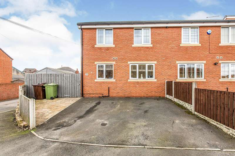 3 Bedrooms Semi Detached House for sale in Fisher Street, Knottingley, West Yorkshire, WF11
