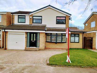 4 Bedrooms Detached House for sale in Exeter Close, Great Lumley, Chester Le Street, Durham, DH3