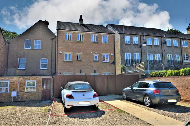 3 Bedrooms Terraced House for sale in Recreation Ground Road, Stamford