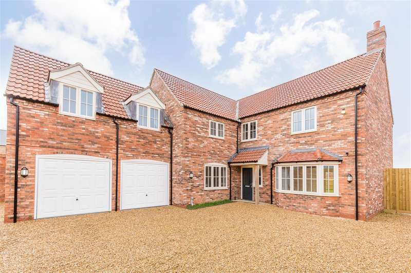 5 Bedrooms Detached House for sale in Middle Lane, Thorpe-On-The-Hill, Lincoln