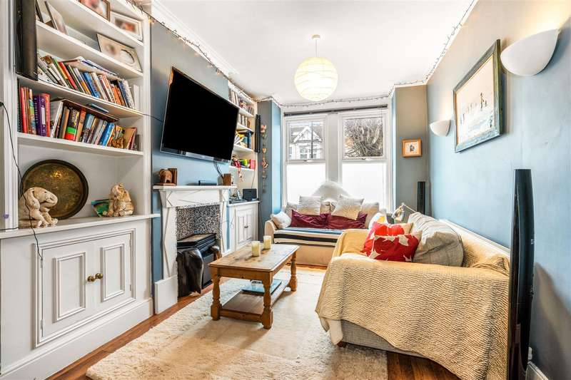 3 Bedrooms End Of Terrace House for sale in Prince Georges Avenue, Raynes Park