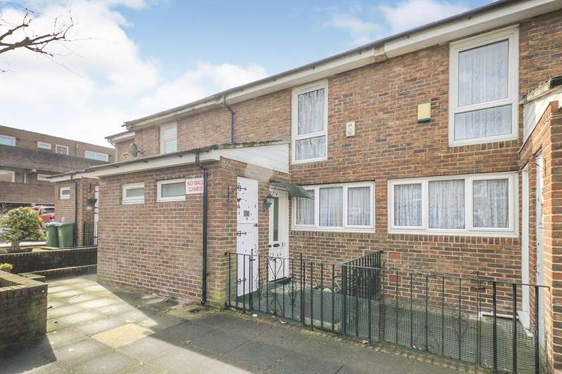 2 Bedrooms House for sale in Dawson Close, London, SE18