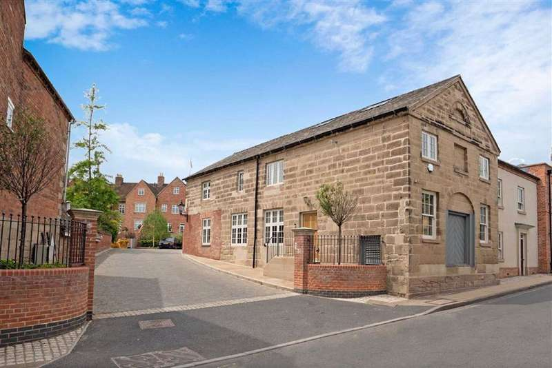 4 Bedrooms Town House for sale in Northgate Place, The Butts, Warwick, CV34