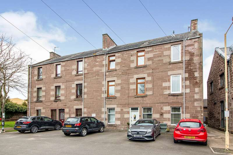 2 Bedrooms Maisonette Flat for sale in Albert Place, Brechin, Angus, DD9